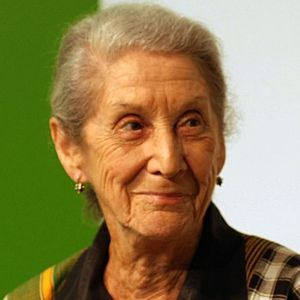 Nadine gordimer fought apartheid with her writings about africa