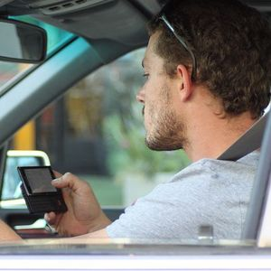 Drivers still texting despite ban