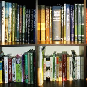 Bookshelf.square