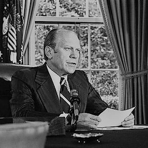 President ford announces his decision to pardon former president richard nixon   nara   7140608