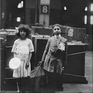 Early immigration and ellis island